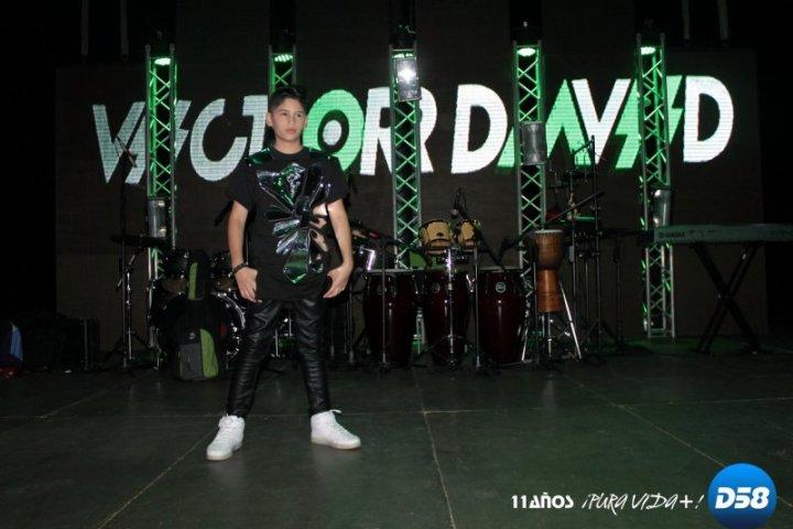 Victor David presenta «Boom Boom»