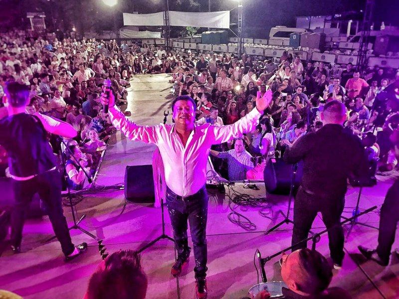 Rafael Santos, fue el artista que brilló en el Festival de Verano en Bogotá
