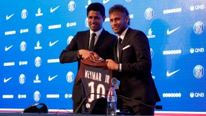 Neymar es jugador oficial del PSG