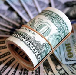 Рубль падает: как зарабатывать в валюте на фрилансе и приумножить доход