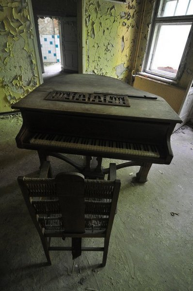 The Abandoned Piano and Chair in the Sanatorium E in Potsdam