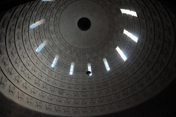 324 Horsemen - Seen from the third level inner ring