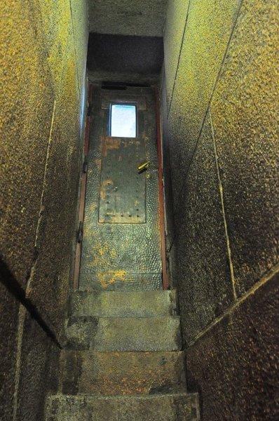 door to the upper viewing platform