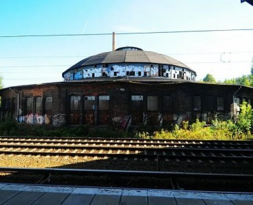The Bahnbetriebswerk Pankow Heinersdorf seen from Sbahn platform