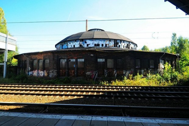 The Bahnbetriebswerk Pankow Heinersdorf seen from the S- Bahn platform