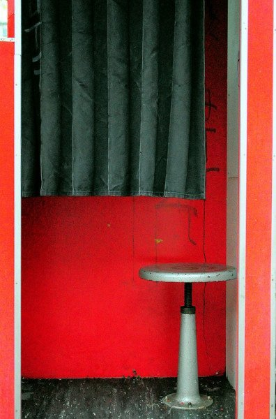 111 places in berlin nr 88 the fotoautomat digital cosmonaut. Black Bedroom Furniture Sets. Home Design Ideas