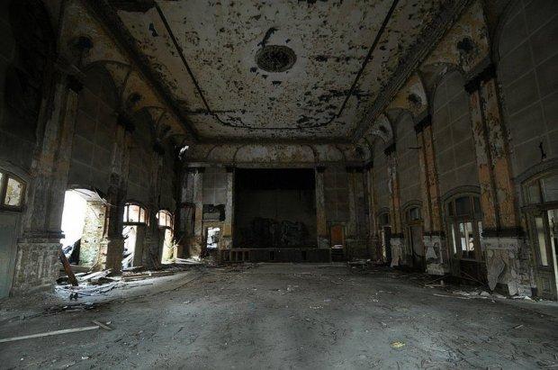 Abandoned Gesellschaftshaus Grünau Ballroom and Stage