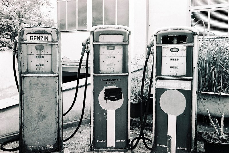 1950 abandoned gas station berlin
