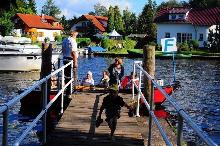 paule III ferry berlin mueggelspree