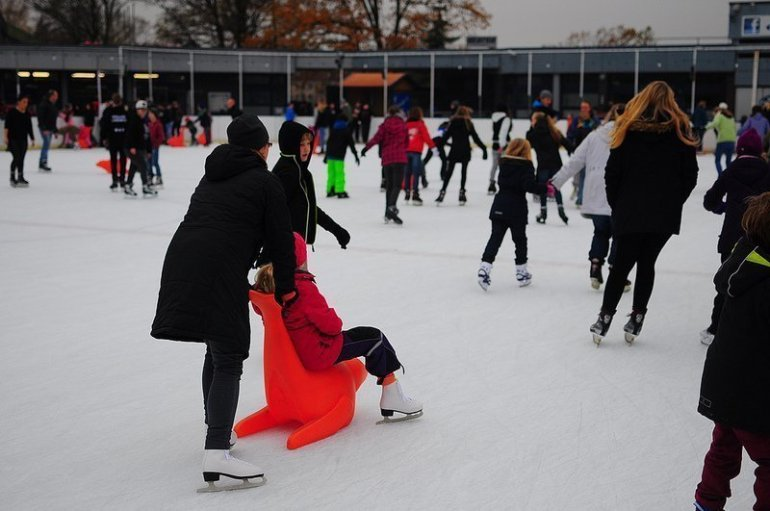 ice skating alte eisbahn lankwitz berlin