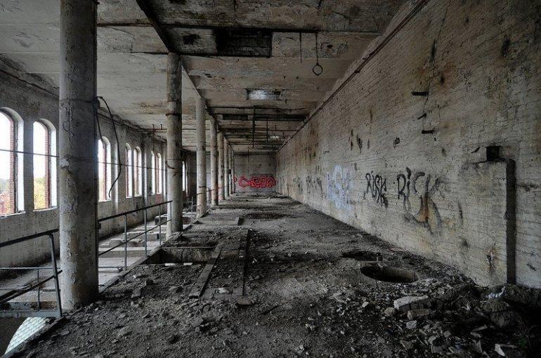 werkshalle veb baerensiegel adlershof berlin