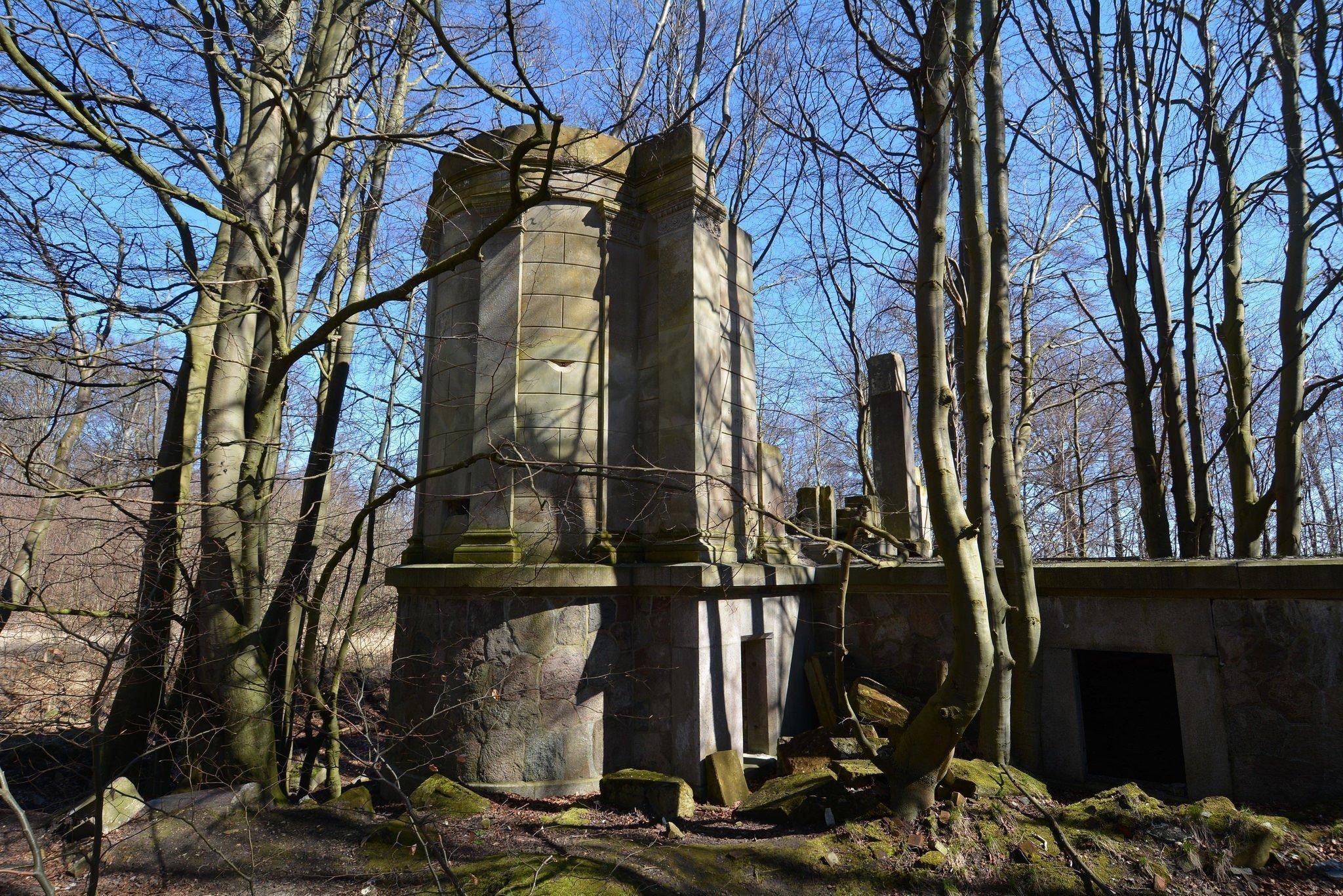 verlassene burg ruinen abandoned castle urbex lost places germany deutschland