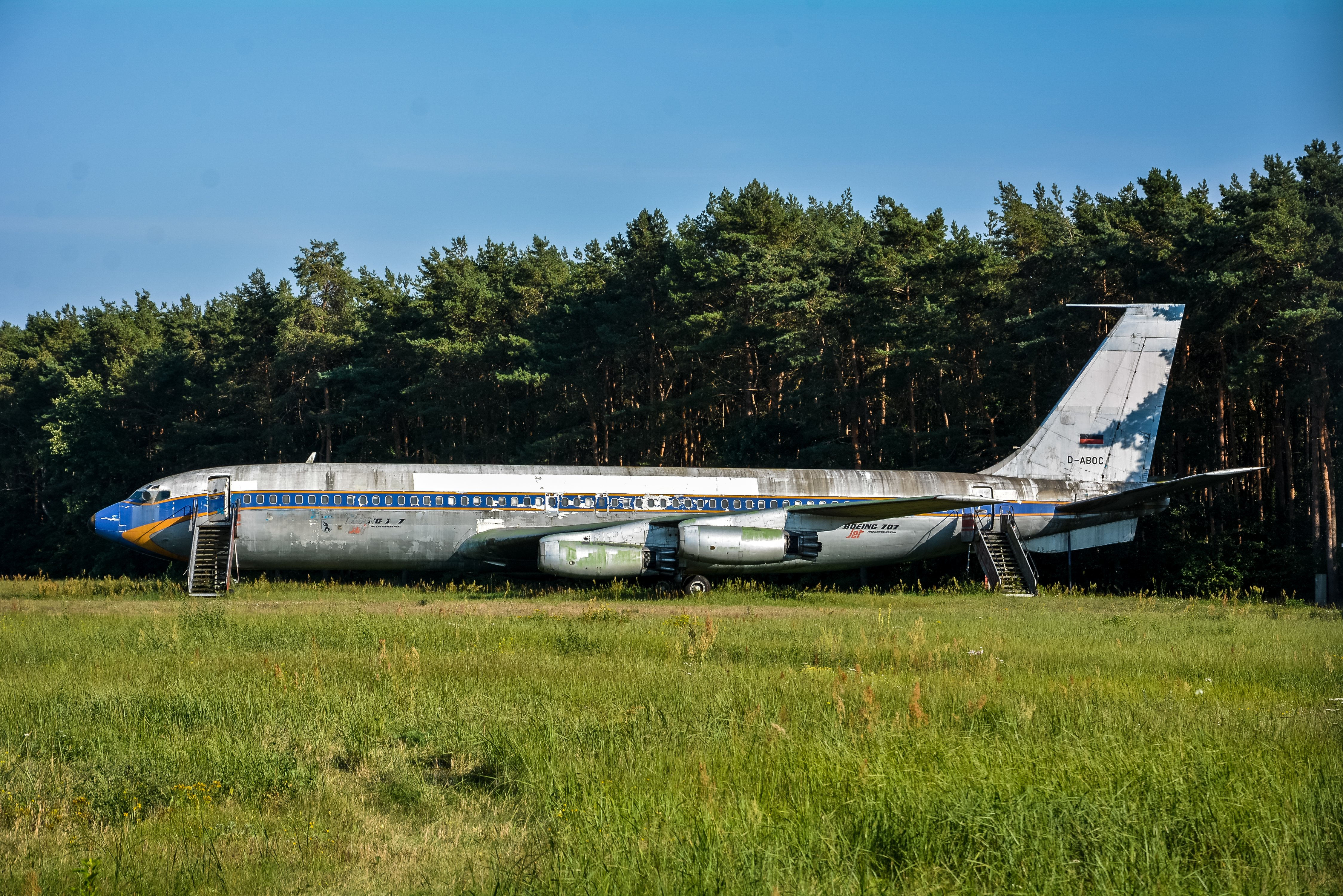 Berlins Abandoned Boeing 707 | Lost Places Berlin