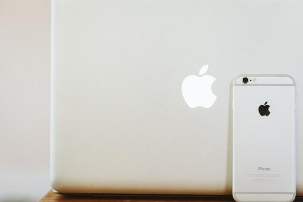 Reji Mac versus PC