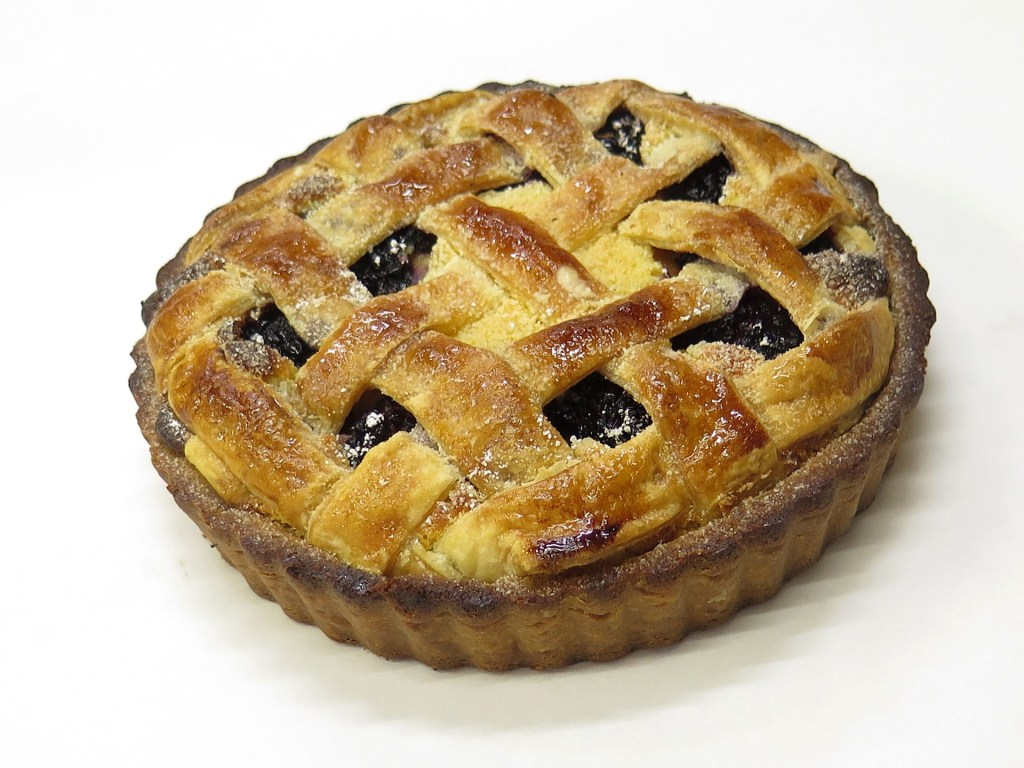 dark fruit pie