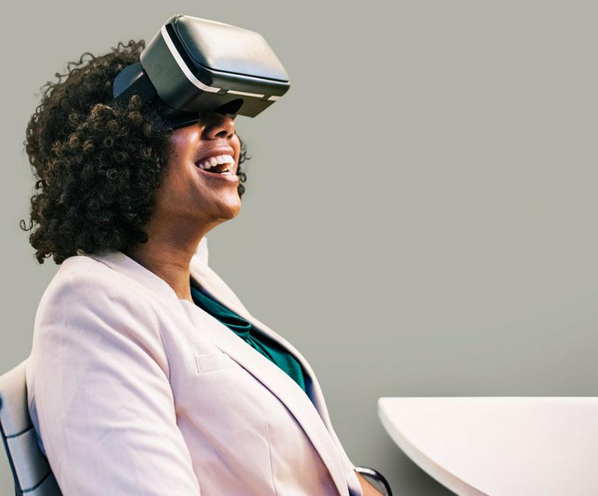 Virtual Reality 2- Unsplash