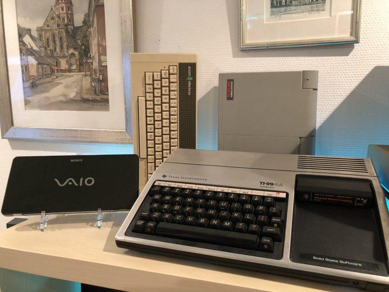 TI 99/4A, Acorn Electron, Highscreen Laptop und Vaio UMPC