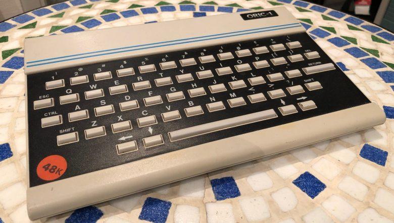 Die vermutlich schlechteste Homecomputertastatur beim Oric 1. Entwicklung der Computertastaturen