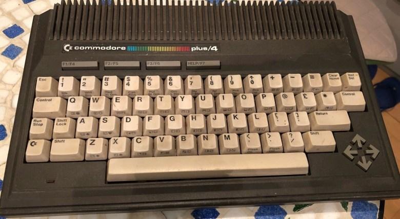 Tastatur des Commodore Plus/4. Entwicklung der Computertastaturen