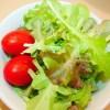 ファミマの育てるサラダは25日目で収穫!サラダにして美味しくいただきました。