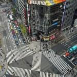 銀座のスクランブル交差点を真上から撮ったクソ写真