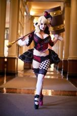 Sexy-Harley-Quinn-Cosplay-on-pointe