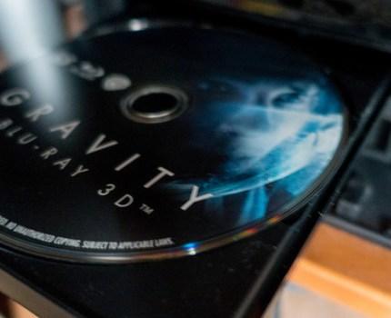 パナソニック全録DIGA BXT970 プロジェクターで映画鑑賞 iPadでワールドカップや新番組チェック