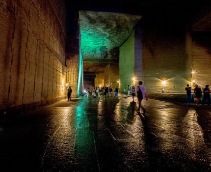 宇都宮にある幻想的で巨大な地下神殿「大谷資料館」に行ってきました