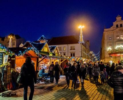 童話のクリスマスのイメージそのもの プルゼニのクリスマスマーケット #plzen #プルゼニュ #visitCzech #チェコへ行こう #link_cz