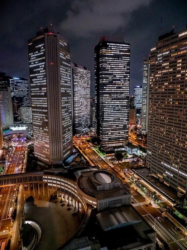 新宿新都心の夜景を眺めながら楽しむ出汁しゃぶコースと京都のお酒 個室和食 東山 新宿本店