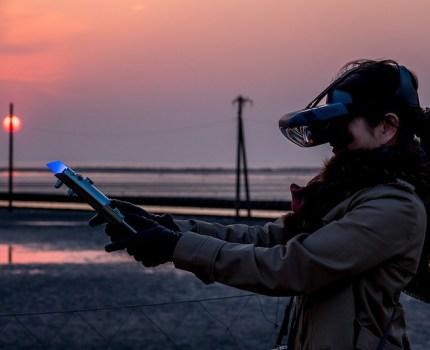 ARヘッドセットとライトセーバーであなたもジェダイの騎士に Lenovo STARWARS JEDI Challenges