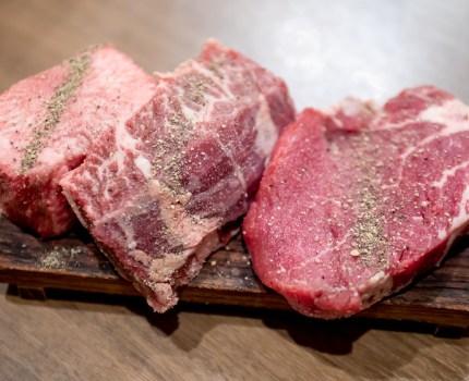 ぶ厚い塊肉 上質な肉刺しに塩ホルモン 焼肉ここから 船橋店