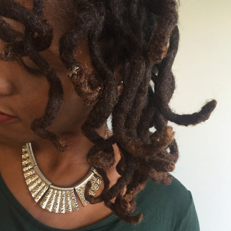 HOW TO ACHIEVE LOOSE CURLS ON THICK LOCS - CURLYNUGROWTH.COM