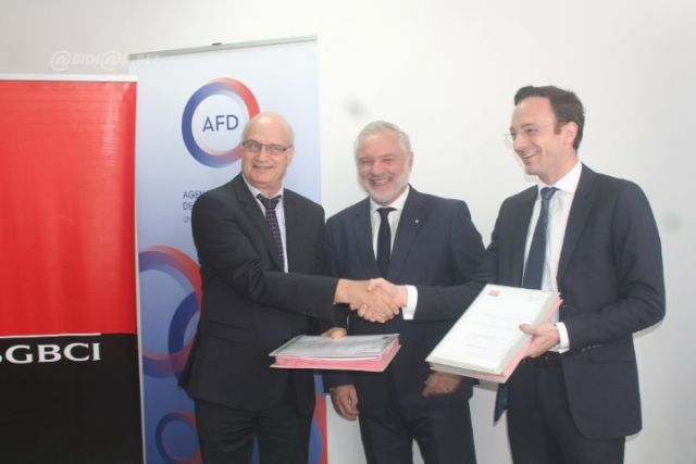 ceremonie-de-signature-de-convention-entre-afd-et-la-sgbci-49