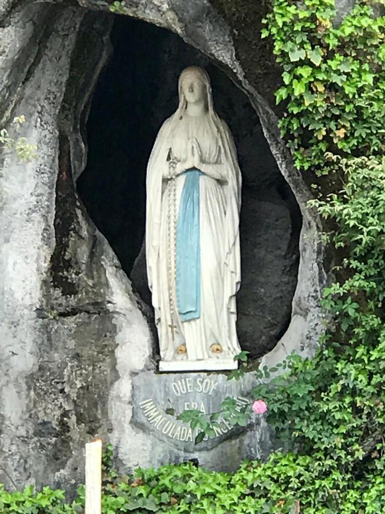 Imagen de la Gruta de Lourdes