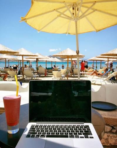 digital nomad beach