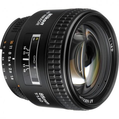 Nikon AF Nikkor 85mm f:1.8D Lens