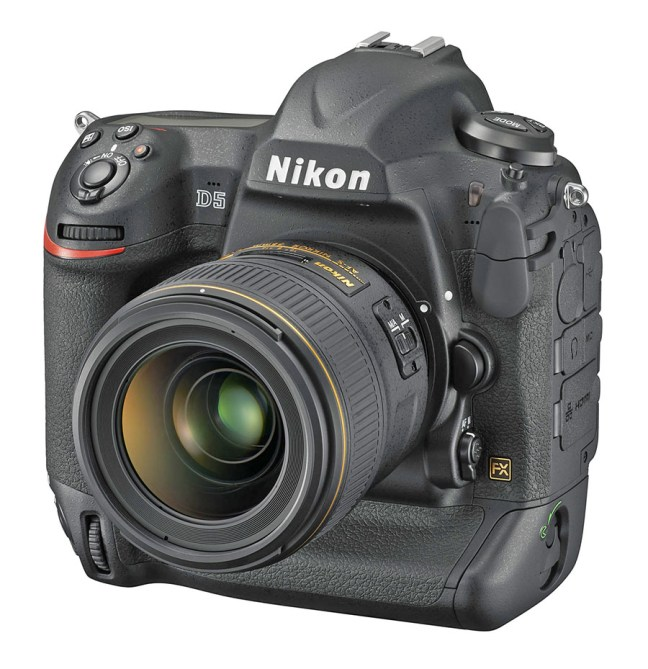 Nikon D5 04