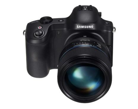 Samsung GALAXY NX (front)