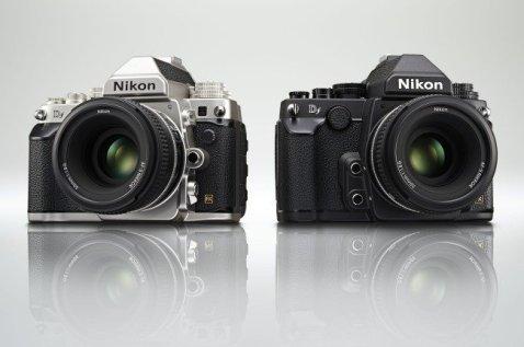Nikon Df (blakc and silver)