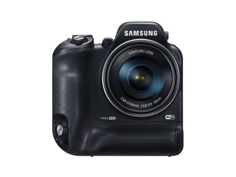 Samsung WB2200F (Front)