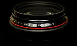canon ef 85mm f:1.2 L lens