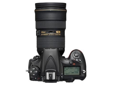 Nikon D810 - top