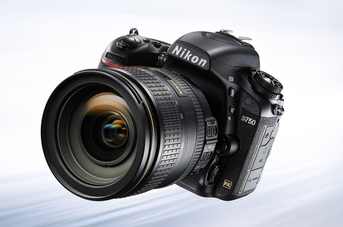 Nikon D750-front