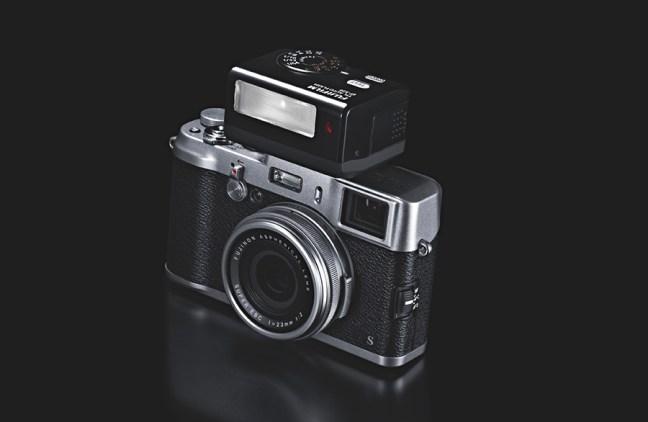 Fujifilm EF-X20 TTL Flash 03