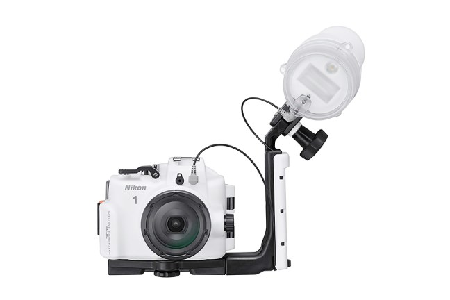 Nikon SB-N10 Underwater Speedlight 02