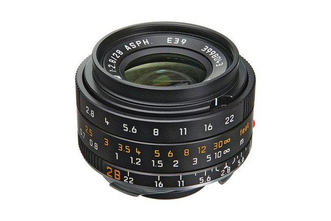 Leica Elmarit-M 28mm f2.8 ASPH Lens 01