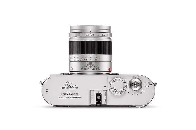 Leica Summarit-M 75mm f2.4 Lens 03