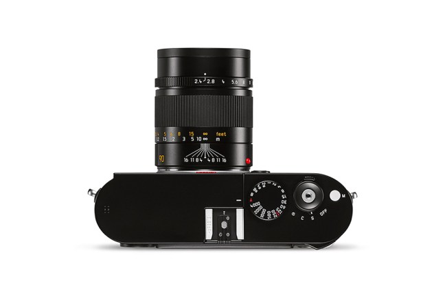 Leica Summarit-M 90mm f2.4 Lens 04