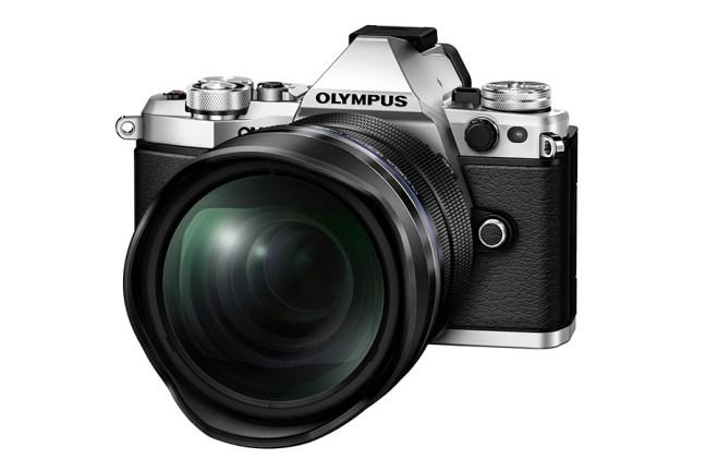 Olympus M.ZUIKO DIGITAL ED 7-14mm f2.8 PRO 02